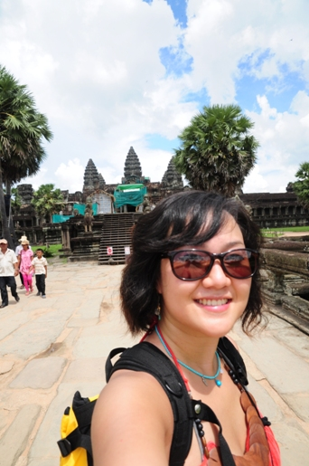 Korean travel blogger Runaway Juno explores Angkor Wat, Cambodia